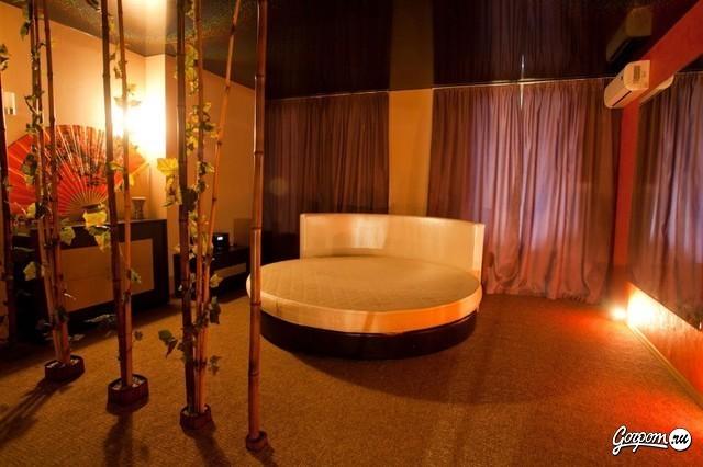 eroticheskiy-massazh-privat-salon