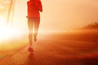 Считаем шаги: как долго человек должен ходить в течение дня?