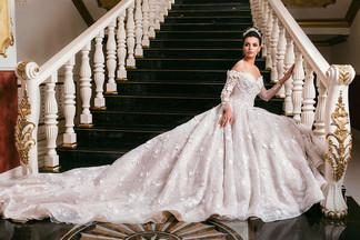 Праздник во дворце – это реально? Доступная роскошь в уральском «Дворце свадеб»