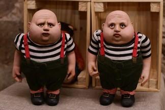 Стимпанк, Тим Бертон и винтаж: в Екатеринбурге открылась выставка уникальных авторских кукол