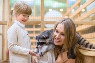 ТОП-3: рейтинг контактных зоопарков Екатеринбурга