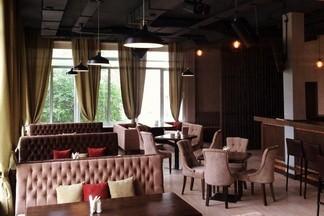 Караоке, вкусная кухня и ароматные паровые коктейли:  это новый «БардIN»