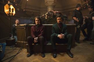 Одержимое желание победить смерть: рецензия на фильм «Виктор Франкенштейн»