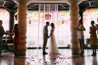 Веранда на крыше, роскошный зал и здоровая пища: проводим свадьбу в кафе «Планетарий»