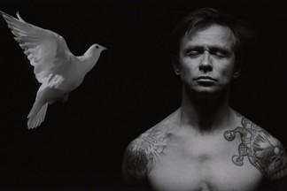 Дельфин презентует в Екатеринбурге закодированный альбом