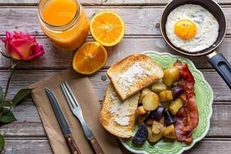 Завтракаем в городе: где выпить чашечку эспрессо и съесть круассан и не только?