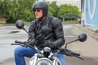 Владимир Яглыч поменял коньки на мотоцикл