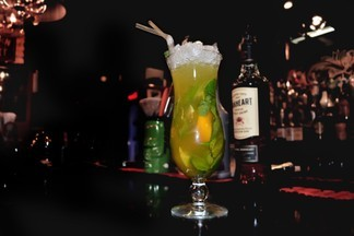 Рецепт от «Brut bar»: готовим коктейль «Цитрусовый бриз»