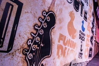 Мы готовы к «запаре» и с нетерпением ждем ее: о том, как идет подготовка к Ural Music Night рассказала арт-директор паба Funny duck