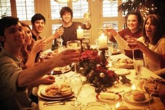 Накрываем праздничный стол с помощью кейтеринга: вкусно, дешево и красиво