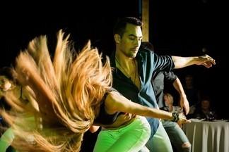 Хотите потрясающе танцевать? Начните со знакомства со школами танца в Екатеринбурге