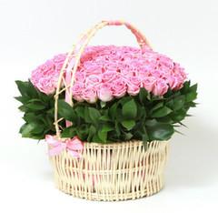 Букетик 66 Корзина c розами
